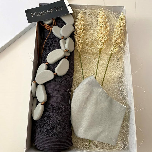 Face mask personalised gift hamper - Grey