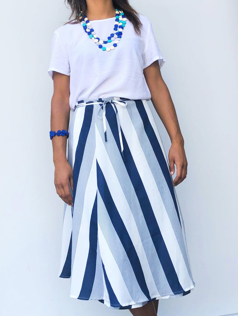 Midi mid length navy blue and white stripe polyester wrap skirt one size