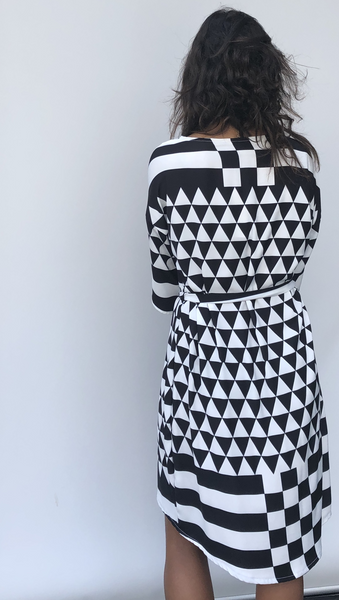 Three Quarter Sleeve Hi-Low Dress - Monochrome