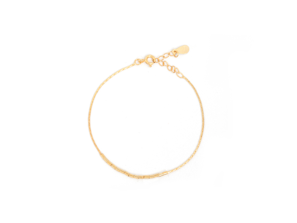 Adine Tiny Tube Bar 14k bracelet