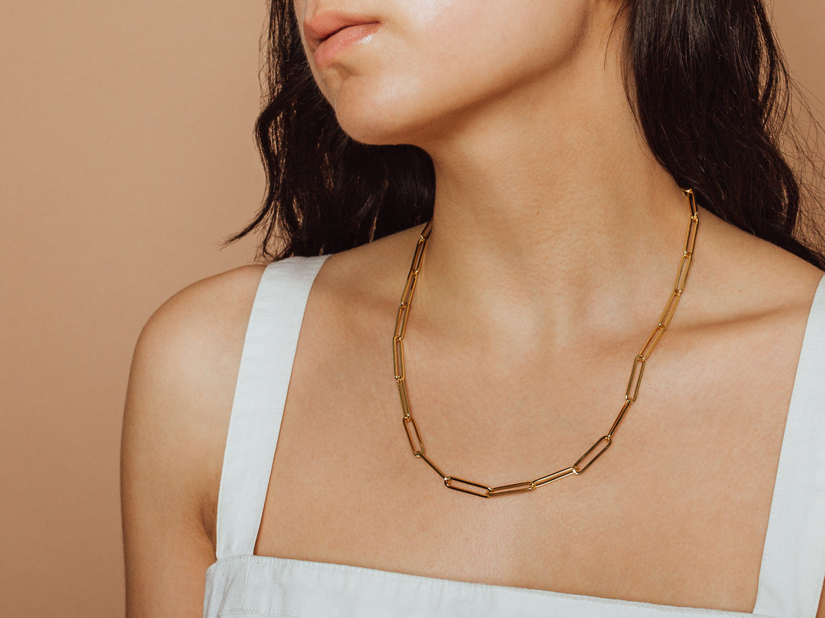 Bold Paperclip Chain Necklace in 14K Gold