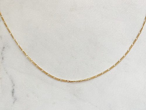 "Figaro Chain Necklace in 14K Gold (16"")"