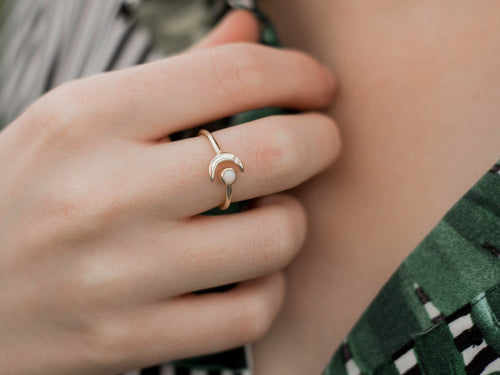 Crescent Moon 14K gold Ring