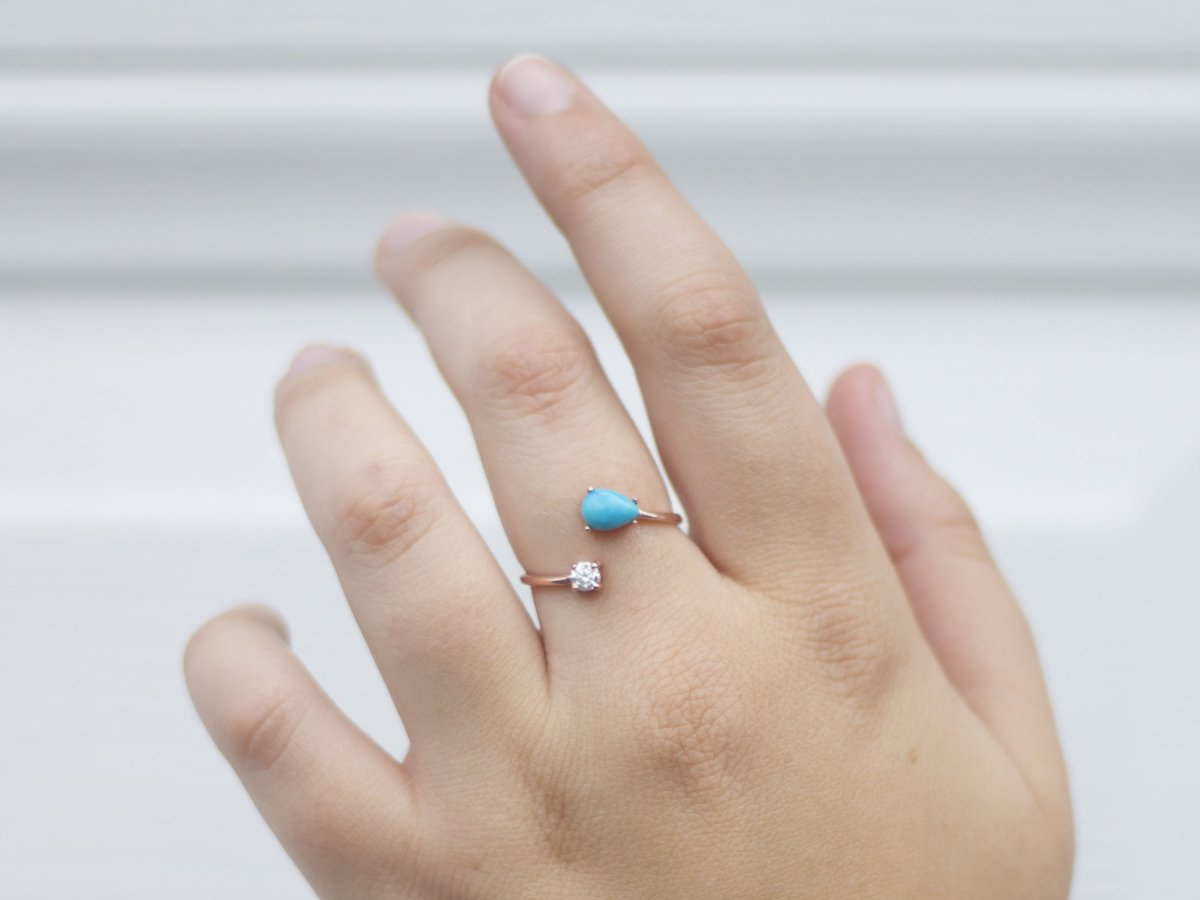 Serpentine Turquoise Rose Gold Wrap Ring