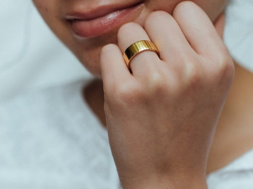 Textured Cigar Band Ring in 14K Gold