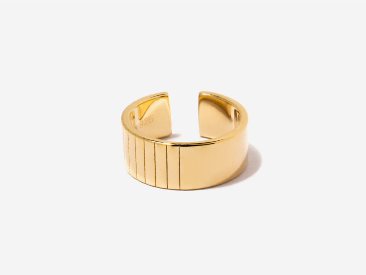 Textured Cigar Band in 14K Gold