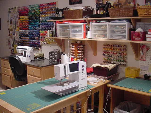 How to Set Up Your Sewing Room – Ideas And Essentials
