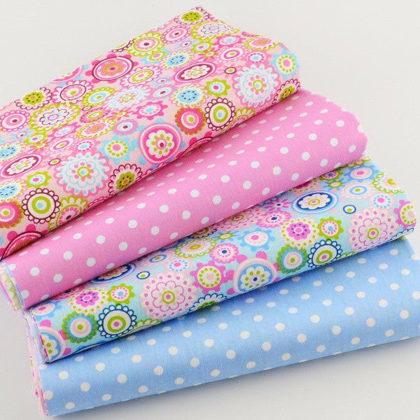 "4-Piece Floral & Dots Patchwork Cotton Fabrc (15.7"" x 19.6"" / 40cm x 50cm)"