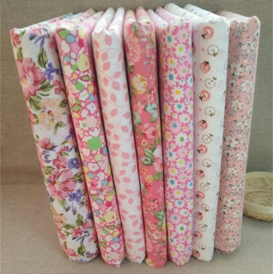 "7-Piece Pin Floral Patchwork Cotton Fabric (9.8"" x 9.8"" / 25cm x 25cm)"