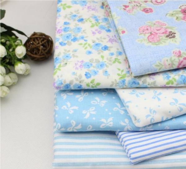 "7-Piece Light Blue Floral Cotton Fabric (19.7"" x 15.74"" / 40 x 50cm)"