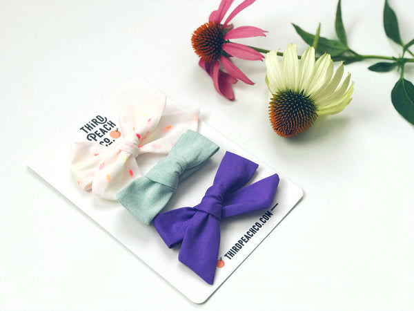 August Bow Set