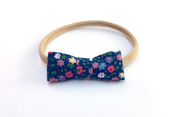Peewee Bow - Flowers Blue