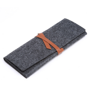 Pencil case, felt - with band closure - Wang's Wonderful World
