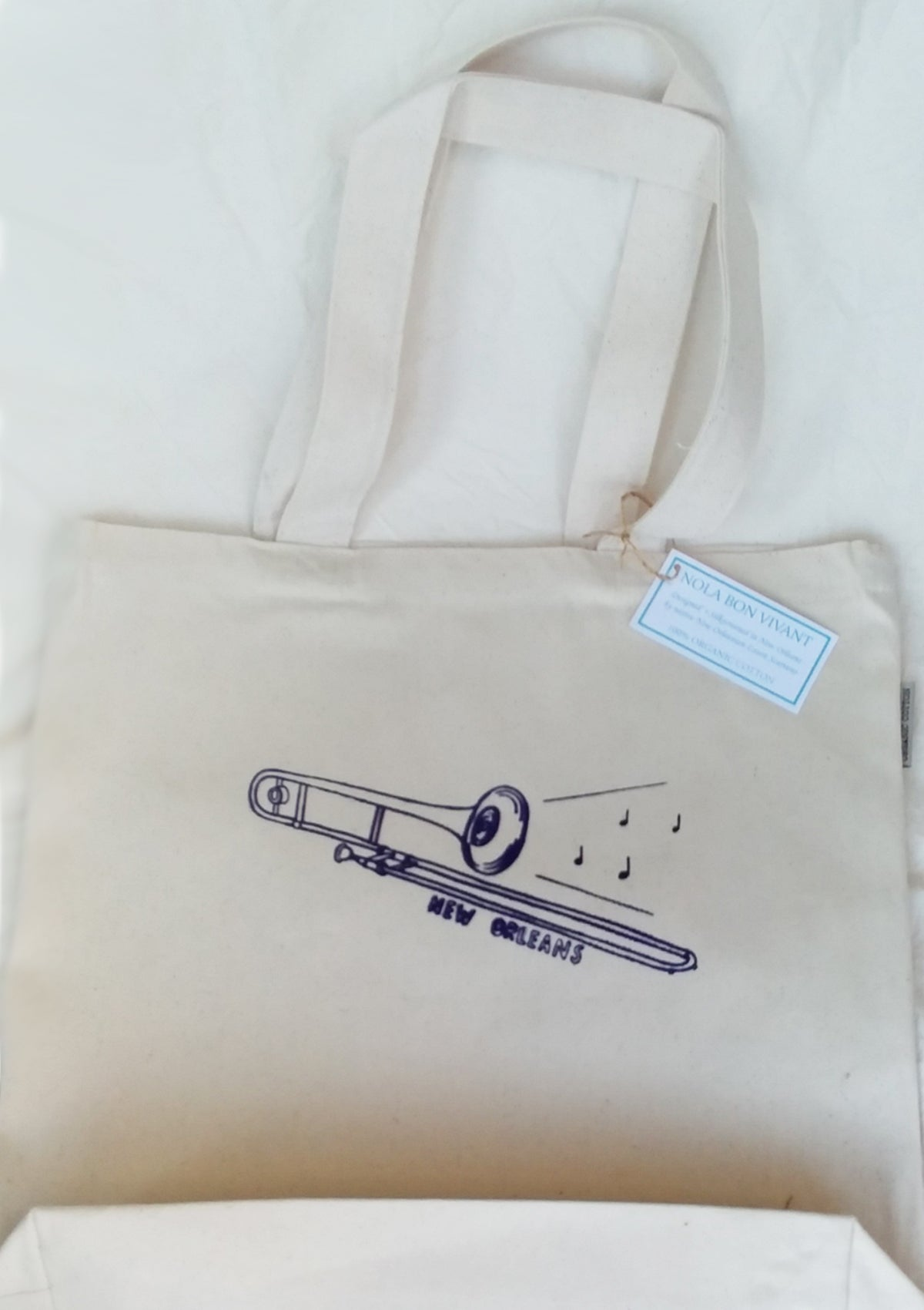 Organic Cotton Totes with NOLA illustrations.