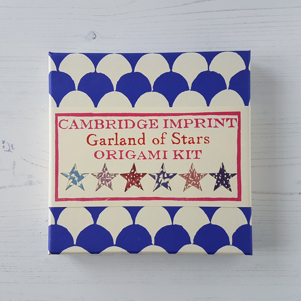 Cambridge Imprint Origami Star Garland Kit - HUEBOW