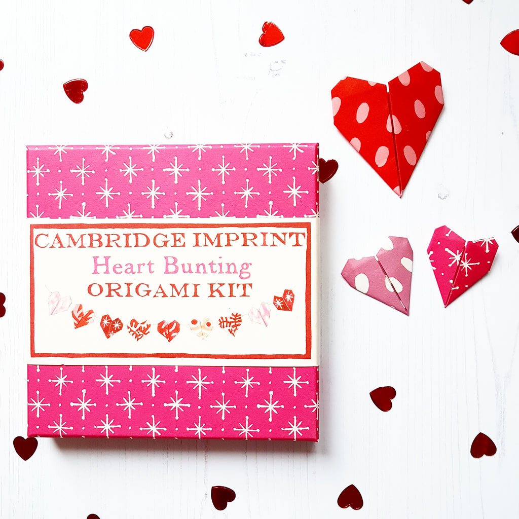 Cambridge Imprint Origami Heart Bunting Kit Special Edition - HUEBOW