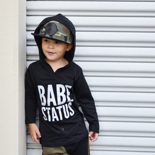 Babe Status Hooded Tee (black)