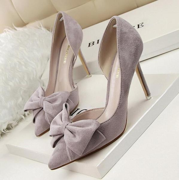 Pumps, Dyness suede bow pointy heels