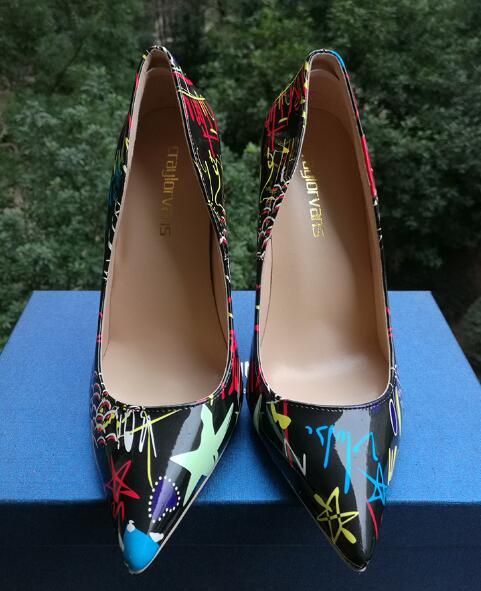 Pumps, Maya graffiti colorful pointed heels