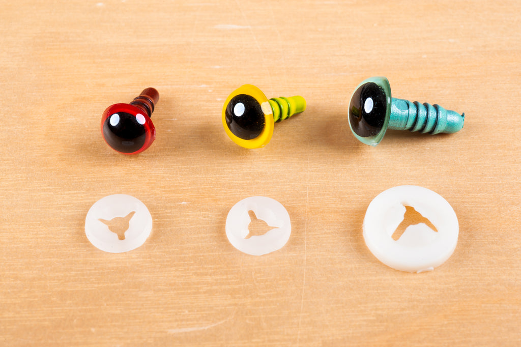 Tiny Rabbit Hole Coloured Safety Eyes with Round Pupil Plastic Catch