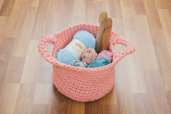 Tiny Rabbit Hole - Crochet / Knitting Yarn Basket for the Living Room Workshop