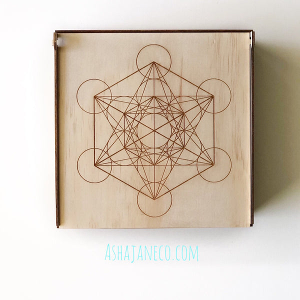 Asha Jane & Co Laser cut & engraved Flip top lid with dividers and engraved image of scared geometry metatron's cube on lid
