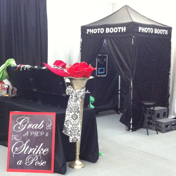 Deluxe Photo Booth - Titan Magic & Brain Busters Escape Rooms