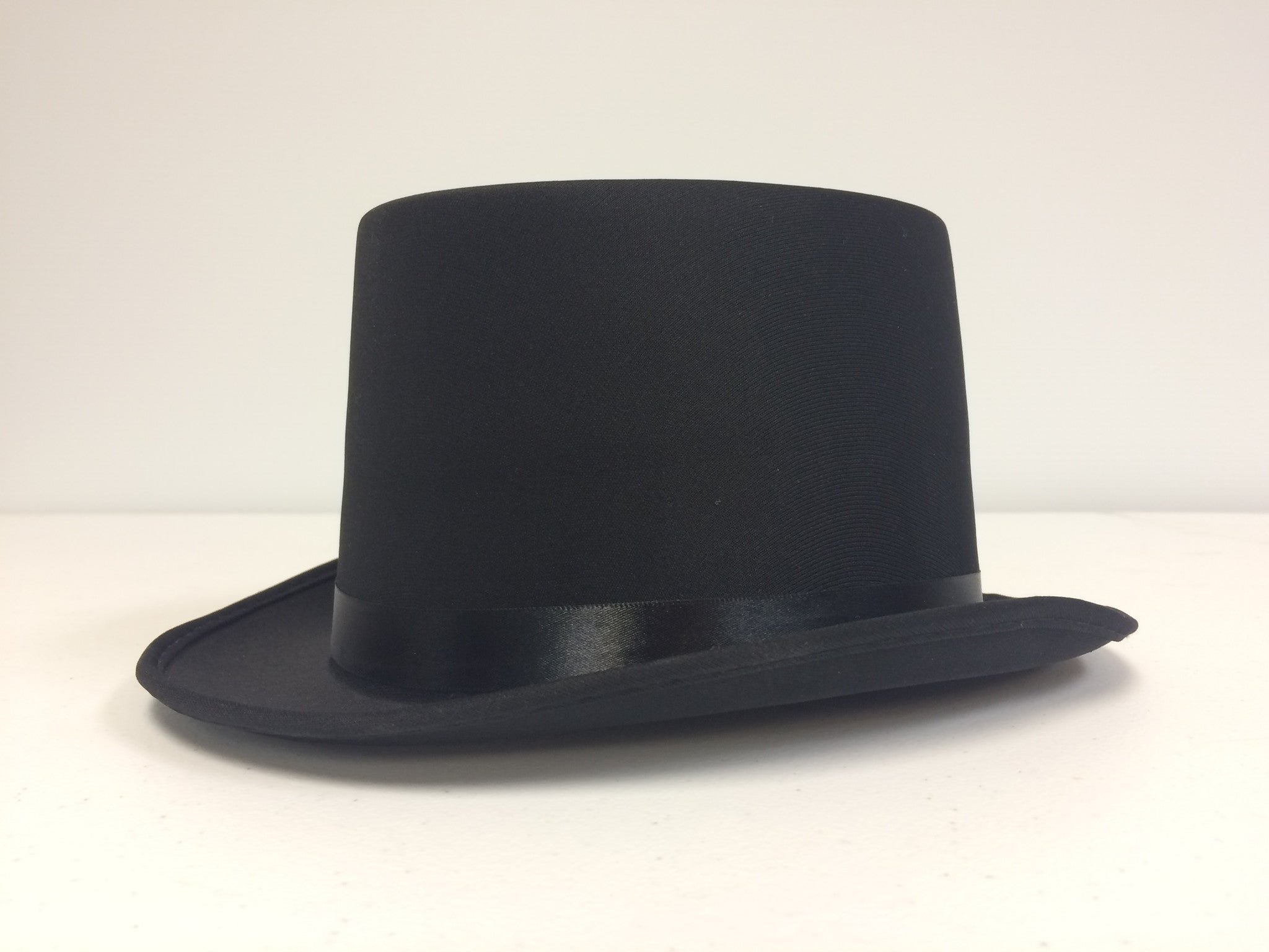 Deluxe Top Hat Adult Size - Titan Magic & Brain Busters Escape Rooms