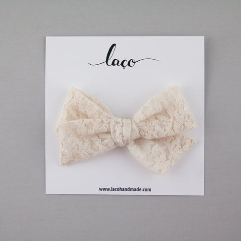 Scout Bow // Cream Lace