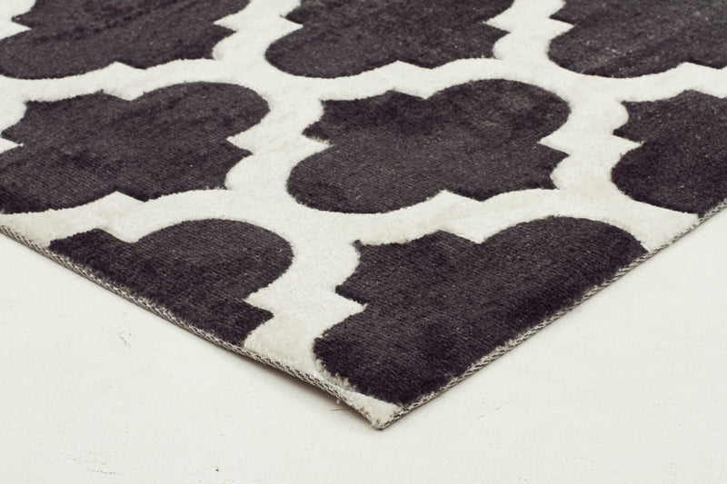 modern-trellis-stylish-design-rug-black