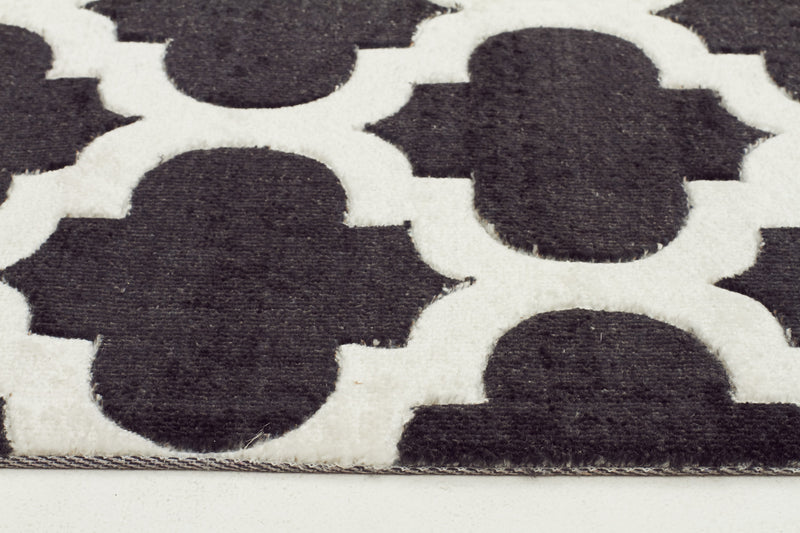 Stylish Trellis Design Rug in Black - MaddieBelle