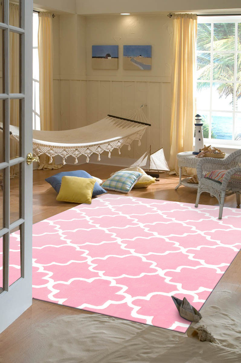 KIDS-TRELLIS-DESIGN-IN-PINK