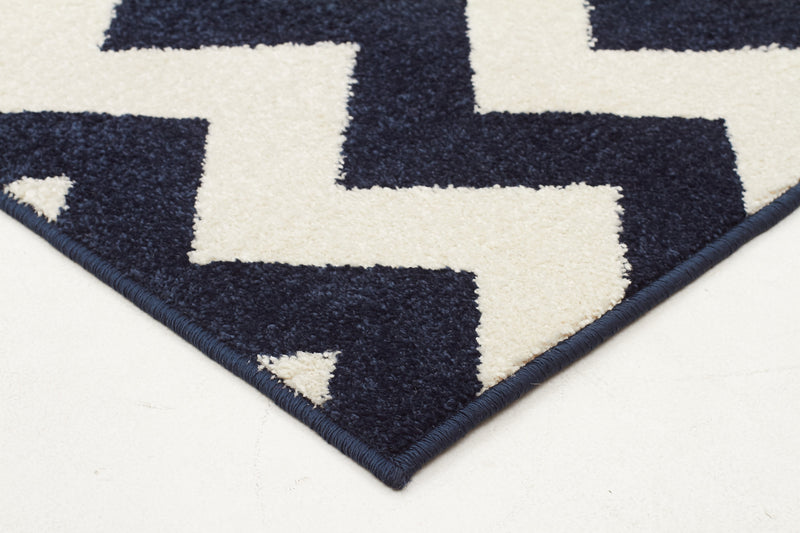 Indoor Outdoor Zig Zag Navy Rug - MaddieBelle