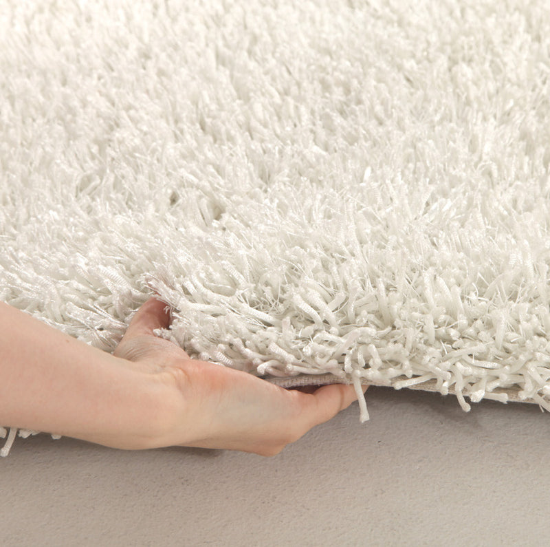 Metallic-Thin-Crisp-White-Shag-Rug