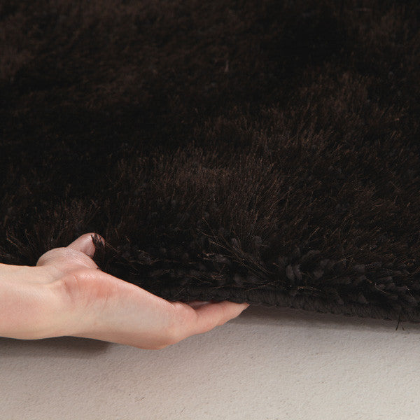 Plush Luxury Round Shag Rug Choc Colouring