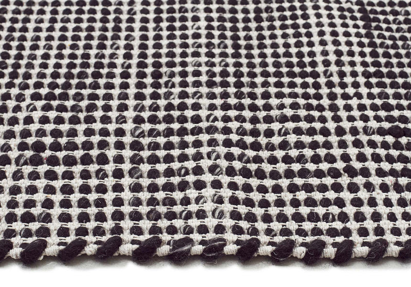 skandi-felted-modern-wool-rug-black-natural