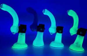 "7"" Glow in the Dark 2 Tone Glass Bubbler"