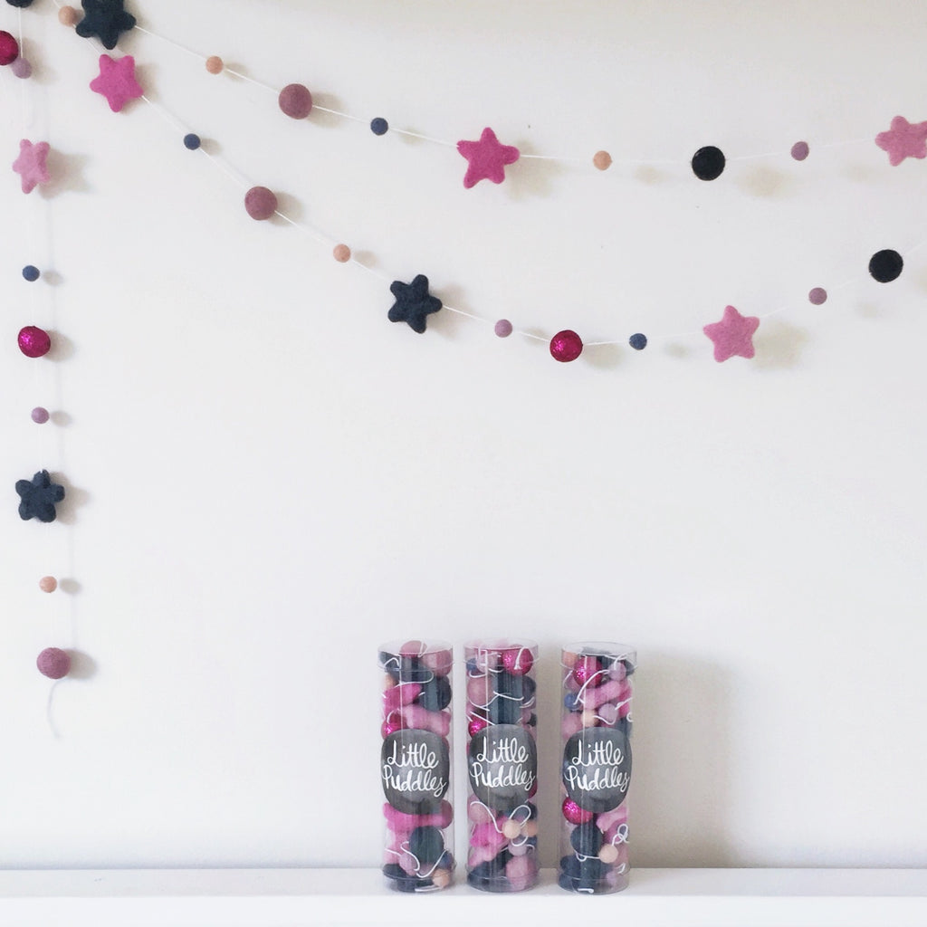 Star Garland - Raspberry/Navy