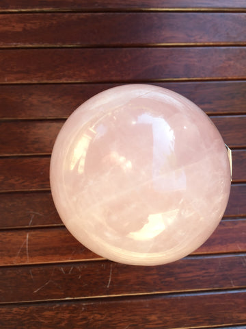 Rose quartz Sphere 510gram