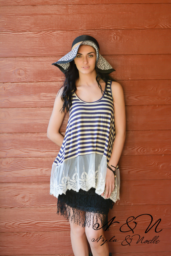 ELIZA LACE - Striped Tank Top with Lace Hemline