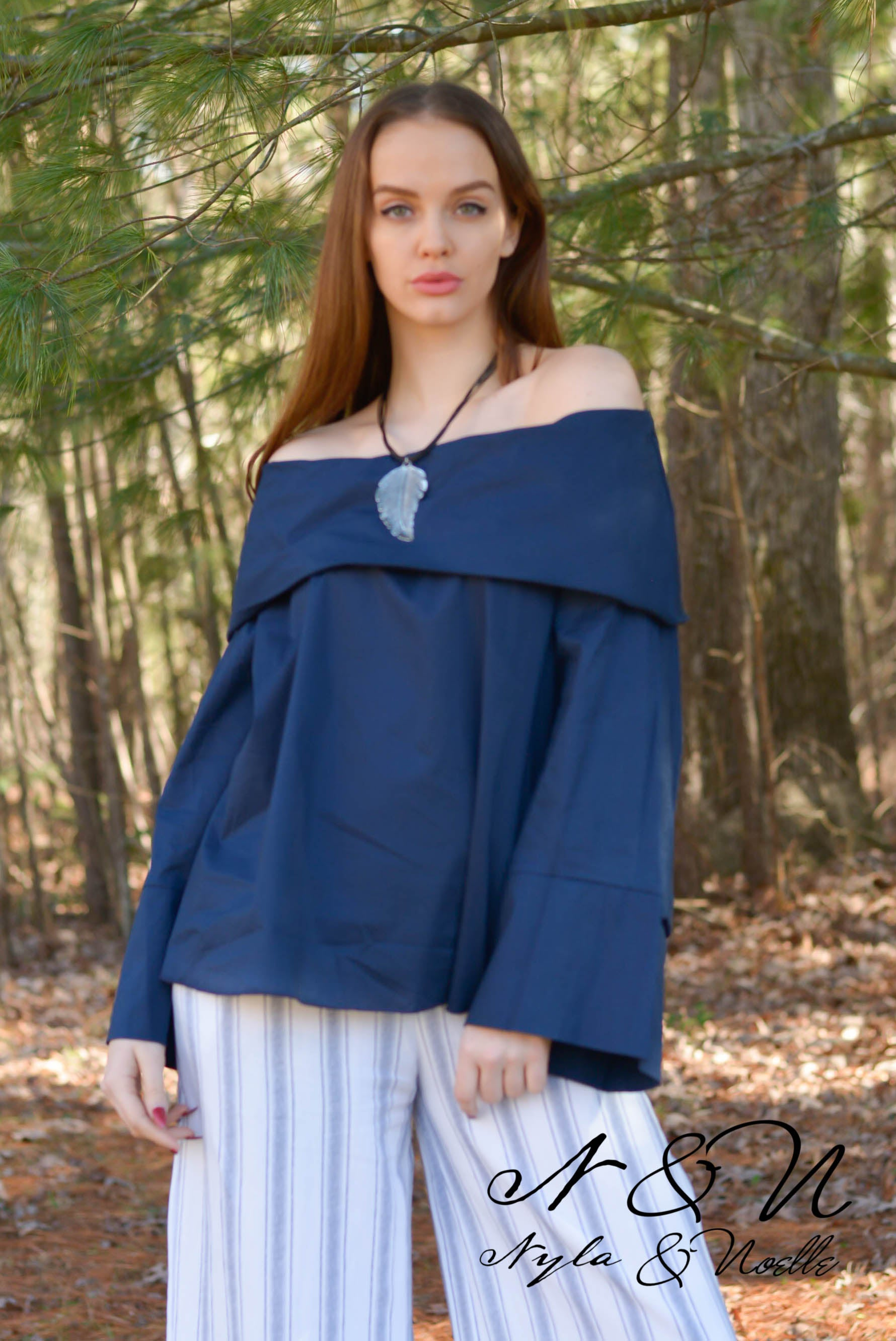 PIPPA - Off the Shoulder Wide Collar Cotton Poplin Top