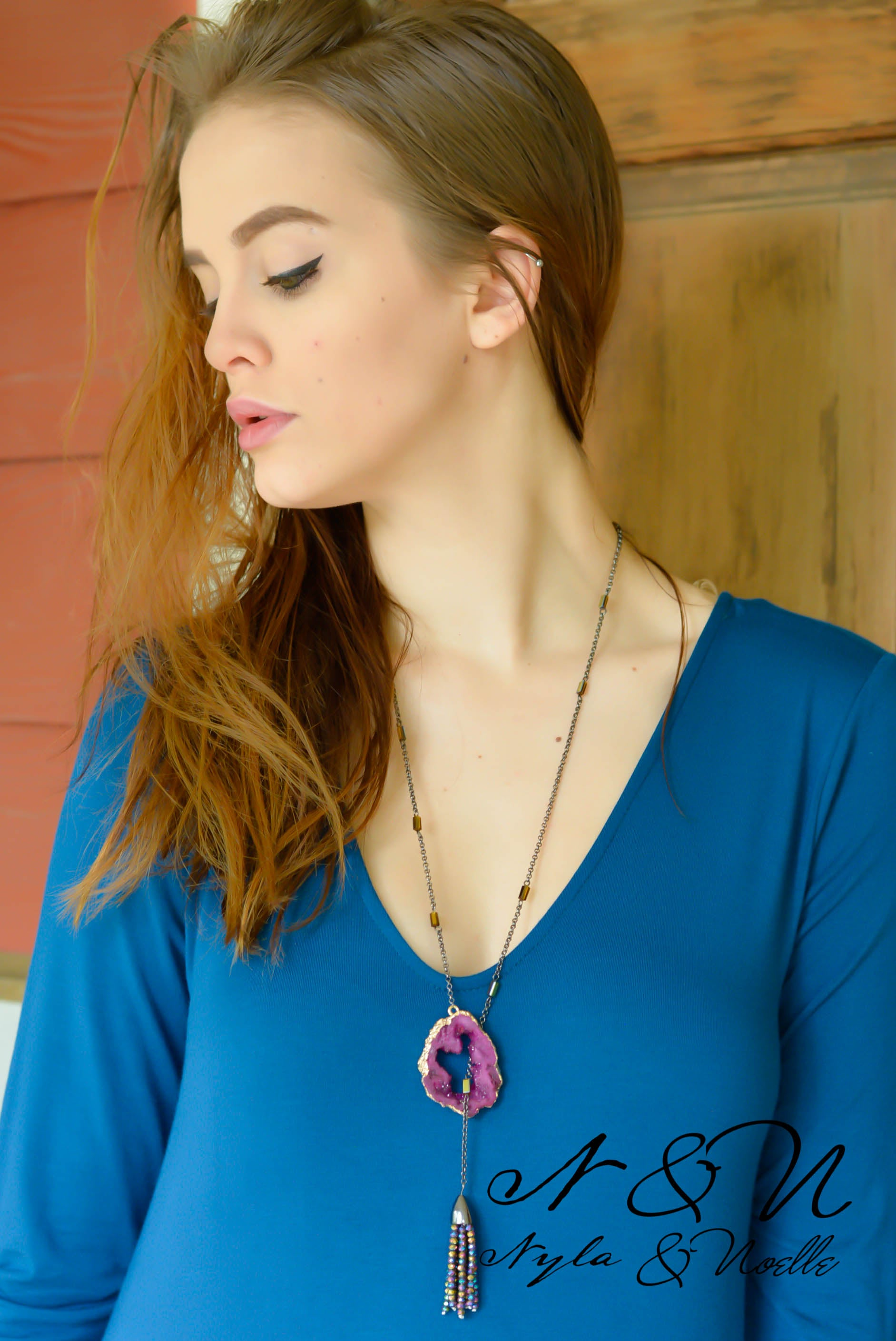 FAIRY STONE - Fuchsia Druzy Geode Lariat Necklace with Tassel