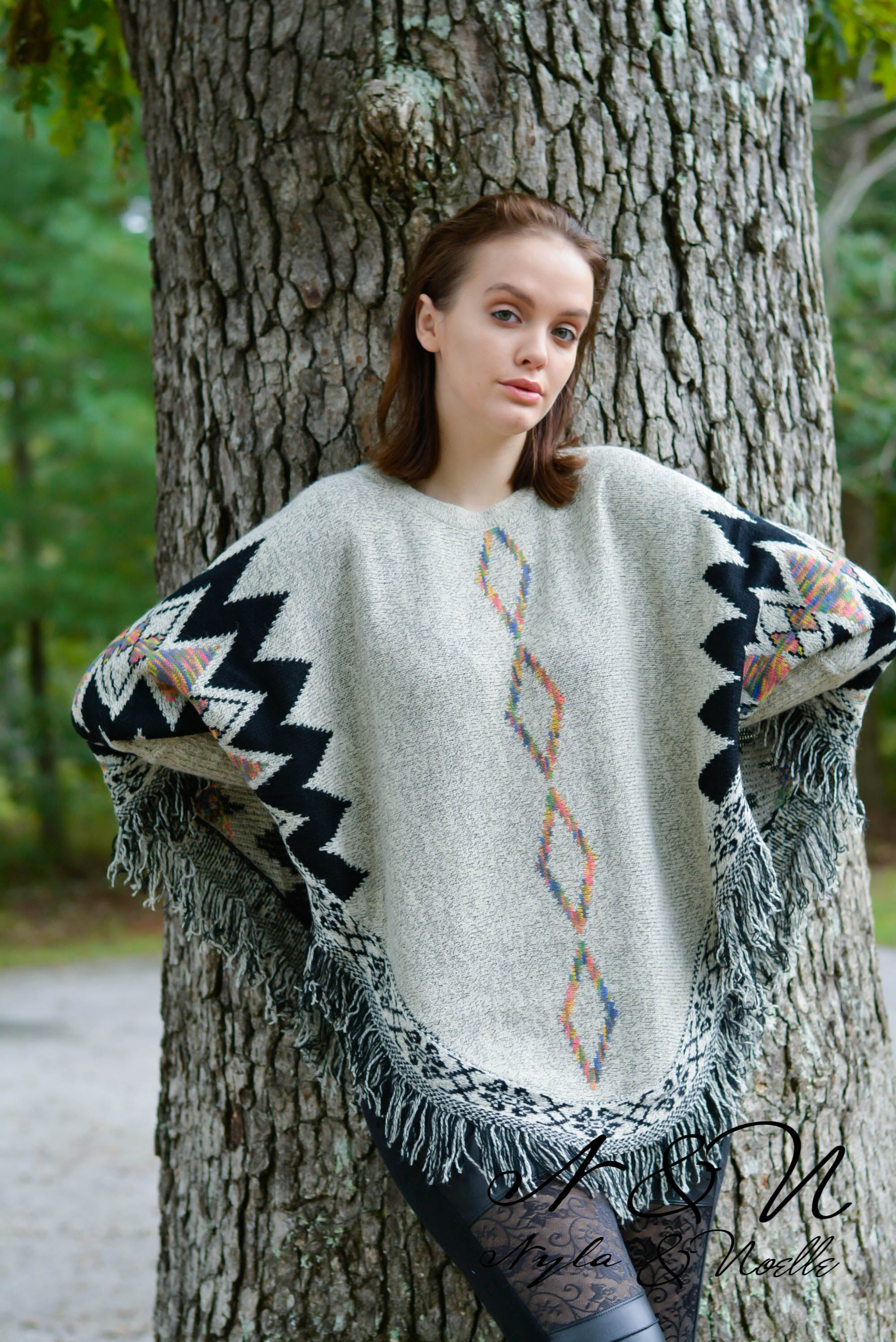 SAUSALITO - PLUS SIZE Sweater Knit Poncho with Fringe and Sleeves