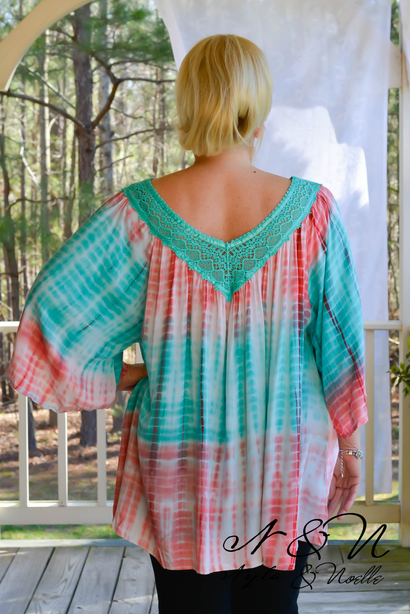 HAVANA - Boho Cut Lace Accented Tie Dye Top