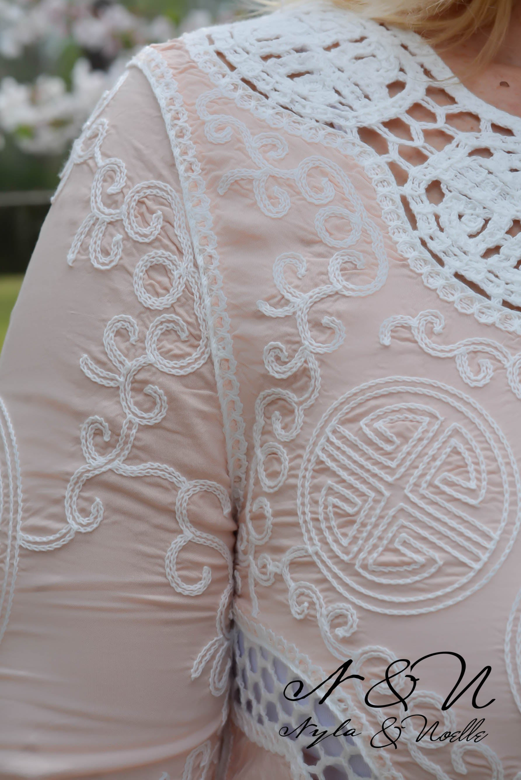 PEONY - Boho Chic Crochet Lace Panel Top