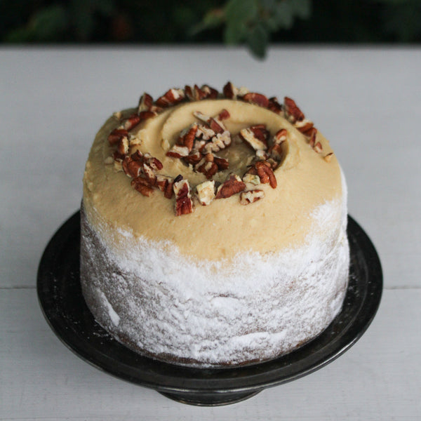 Caramel, Pear and Pecan Medium Round