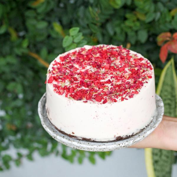 Turkish Delight Cheesecake Large Round