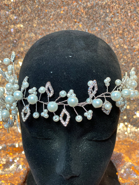 Silver headpiece with pearls