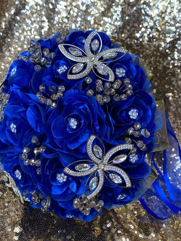 Royal blue and gold ramo
