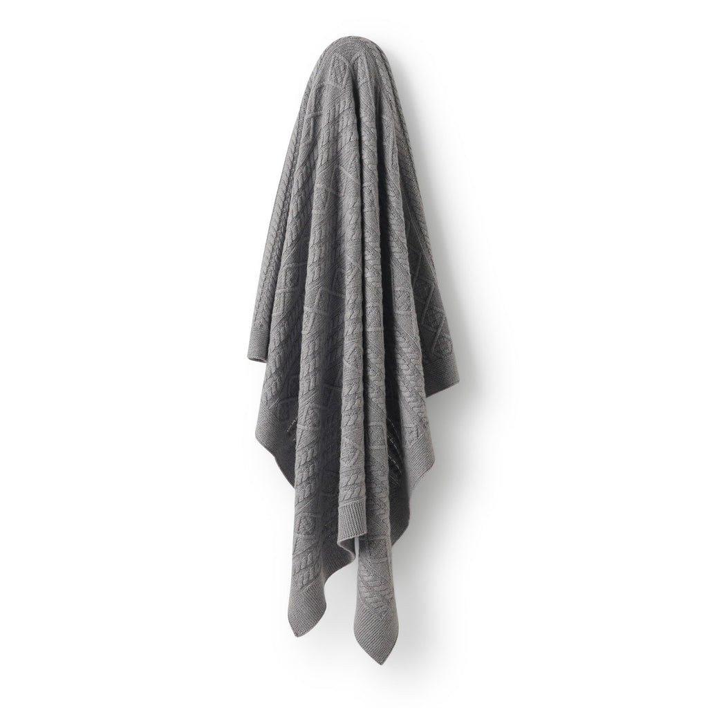 Wilson & Frenchy Luxe Cable Knit Blanket - Lila & Huxley